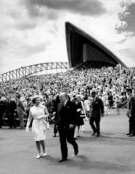 Queen Elizabeth Ii House Queen Elizabeth Ii At The Sydney Opera House On 20 October 1973