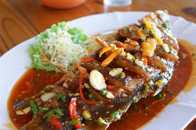 thai küche kostenloses foto thai küche fisch in chili kostenloses bild