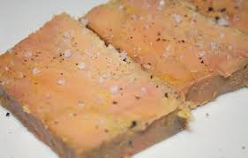 cuisiner foie gras frais la cuisine de bernard foie gras 1ère méthode en terrine