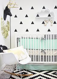 chambre bebe moderne 6 conseils pour créer une chambre bébé moderne idées cadeaux de