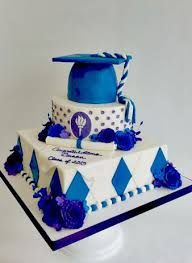 graduation cakes graduation themed cakes graduation cakes for best friend s