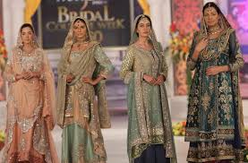 Designer Wedding Dresses Online Stunning Pakistani Designer Dresses U0026 Wedding Suits Online