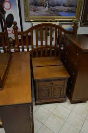 amish furniture outlet dining room mission style queen bedroom set