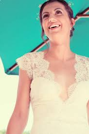robe de mariã e boheme chic robe en crêpe et dentelle de calais esprit bohème chic décolleté