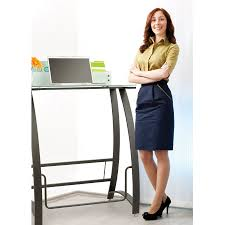 xpressions stand up desk safco products
