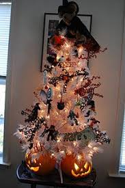 Decorated Halloween Trees Shelley B Decorated Tree Halloween With Ghost Topper More Styles