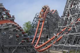 Sox Flags New England Six Flags Parks Eröffnen Weitere Rmc Coaster Parkerlebnis De