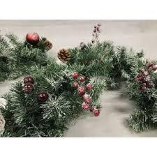 garlands wreaths