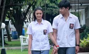 list film romantis indonesia terbaru 10 film romantis indonesia terbaik yang bakal bikin baper