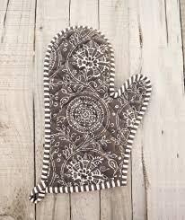 brown oven mitt quilted glove kalamkari print kitchen accessory