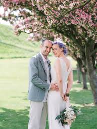 Lilac Dresses For Weddings Lilac Hair And Pastel Flowers For An Intimate Springtime Pub