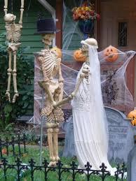 Halloween Outdoor Decorations Best 25 Halloween Skeleton Decorations Ideas On Pinterest