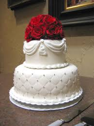 small wedding cakes this small wedding cake was designed and