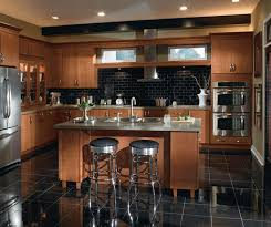 pictures of maple kitchen cabinets contemporary maple kitchen cabinets homecrest