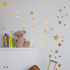stickers étoiles chambre bébé sticker mural étoiles dor chambre bébé fille