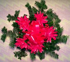 fresh holly wreaths byram nurseries