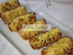cuisiner des saucisses de strasbourg les secrets de cuisine par lalla latifa feuilletés de saucisses