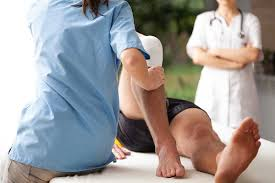 Physical Therapist Aide Salary Sports Therapist Vs Physical Therapist Basics Fremont College