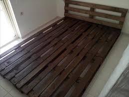 Platform Bed Headboard Diy Easy To Install Pallet Platform Bed 101 Pallet Ideas