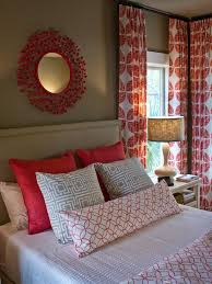 39 Guest Bedroom Pictures Decor by Best 25 Red Bedroom Decor Ideas On Pinterest Red Bedroom Walls