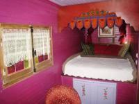 chambre d hote 69 dormir en roulotte chambres d hôtes et gîtes lyon à chapônost
