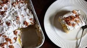 cinnamon toast crunch poke cake bettycrocker com