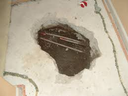 Kitchen Sink Leaking Underneath by How To Determine If A Water Pipe Is Broken Under A Slab