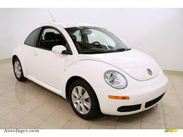 volkswagen white car 2009 volkswagen new beetle 2 5 coupe in candy white 511213