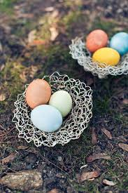 what we love natural easter egg dyes chopchop