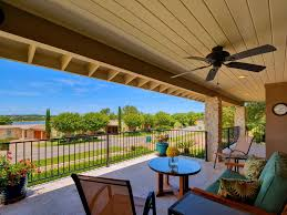 3 br 2 ba resort style home in lakeway with pool and lake views
