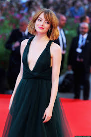 emma stone shuts down 2014 venice film festival in plunging gown