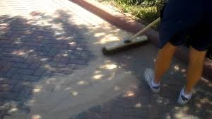 Quikrete Hardscapes Polymeric Jointing Sand by How To Sand In A Block Paved Driveway 1 Youtube