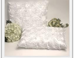 wedding kneeling pillows a set of wedding kneeling pillow rhinestone buckle