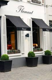 Tiger Awnings by Best 25 Restaurant Exterior Design Ideas On Pinterest