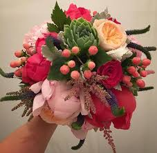 wedding flowers gold coast coral peonies david austins hypericum berries succulents