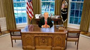 Oval Office Desk Which Of These 6 Oval Office Desks Will Donald