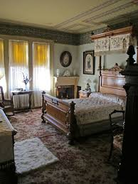 Victorian Furniture Bedroom by 1573 Best Victorian Decorating Images On Pinterest Victorian