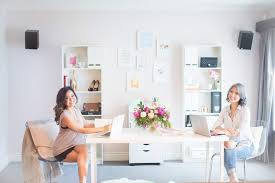 chic office decor crisp and chic office tour with future mrs planner best friends
