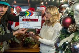 Seeking Cast Santa Cast Interviews Finding Santa Jodie Sweetin On A