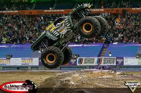 monster truck show new york anderson and bradshaw finish fs1 championship series on top