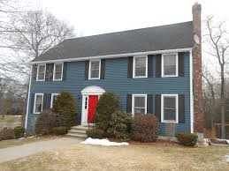 small colonial in federal blue what is a colonial house style