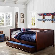 wood daybed and trundle