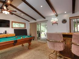 Wetbar Family Game Room With Wet Bar Pool Table Vrbo