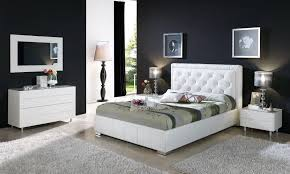 White Leather Bedroom Furniture White Bedroom Furniture Ideas Pretty Womenmisbehavin