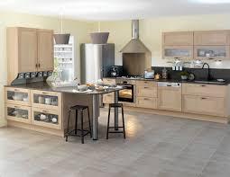 cuisine en chene massif cuisine chêne massif blanchi en photo