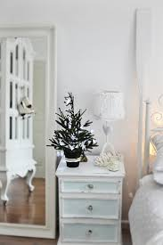 decorating with sea corals 34 stylish ideas digsdigs top 40 beach christmas decorating ideas christmas celebration