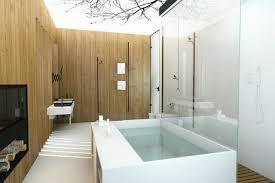 Riesige Badewanne Moderne Naturinspiriertes Badezimmer Design Riesige Badewanne Indoor