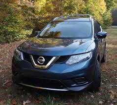 nissan rogue infiniti equivalent a day on the road with the 2014 nissan rogue technabob