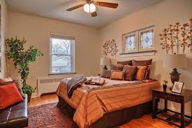Craftsman Ceiling Fan by Craftsman Guest Bedroom With Hardwood Floors U0026 Ceiling Fan In