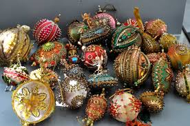 beaded ornaments 60 s 70 s collection pastorino